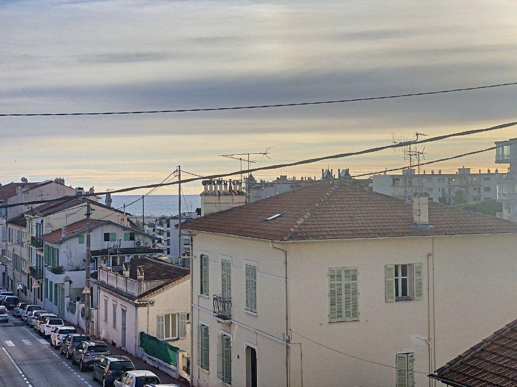 Appartement à vendre 2 44.71m2 à Cannes vignette-16
