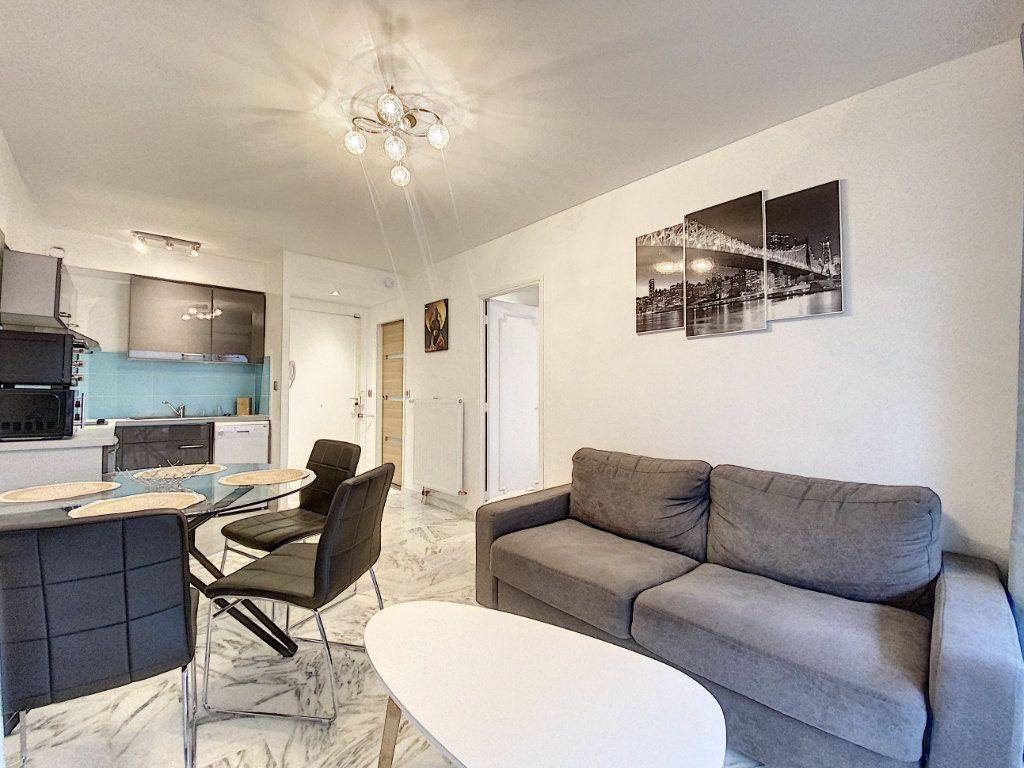 Appartement à vendre 2 31.56m2 à Cannes vignette-4