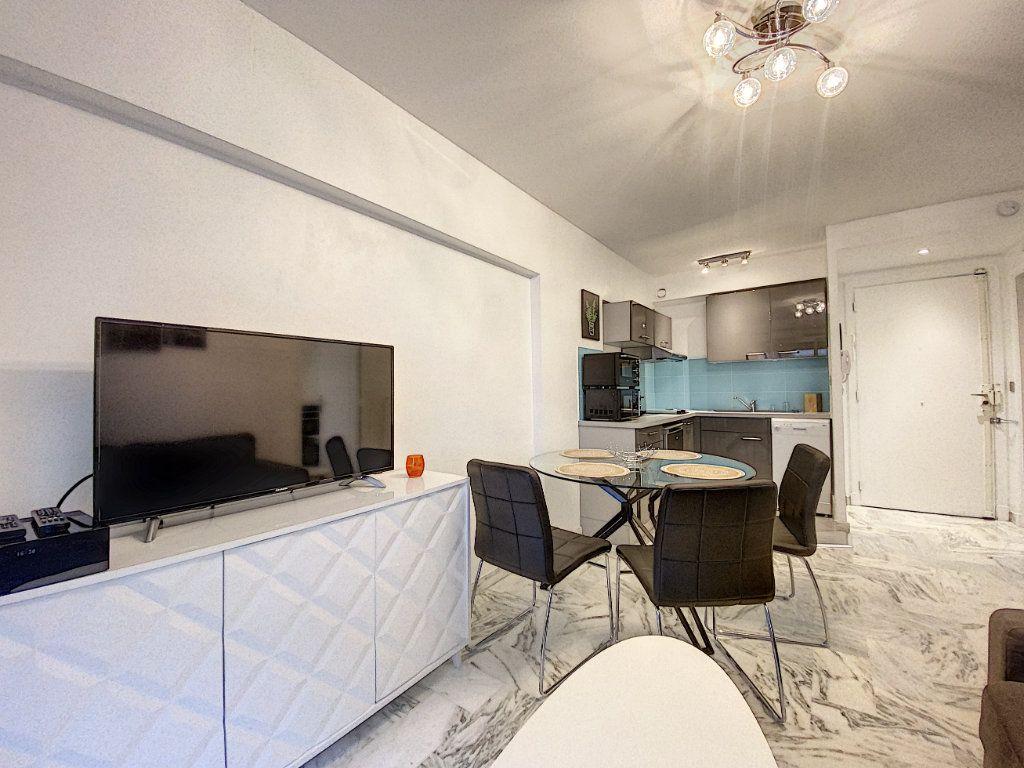 Appartement à vendre 2 31.56m2 à Cannes vignette-5