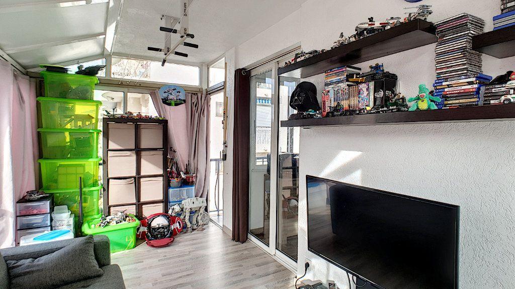 Appartement à vendre 4 84.17m2 à Cannes vignette-15