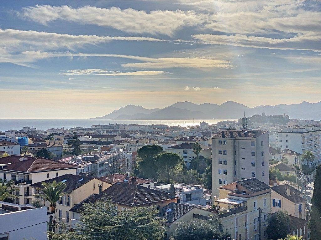 Appartement à vendre 2 58.26m2 à Cannes vignette-14