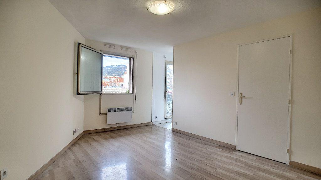 Appartement à vendre 1 26.9m2 à Cannes vignette-1