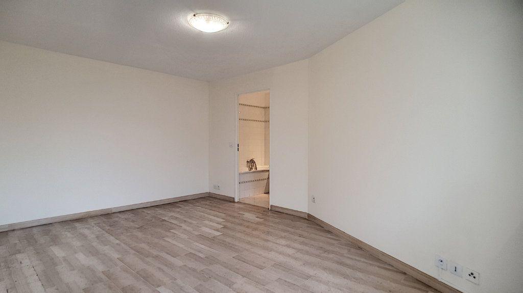 Appartement à vendre 1 26.9m2 à Cannes vignette-3