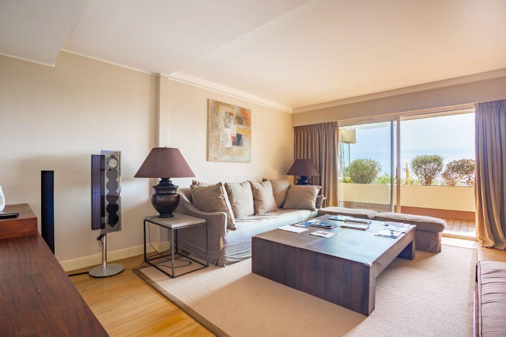 Appartement à vendre 4 108.04m2 à Cannes vignette-1