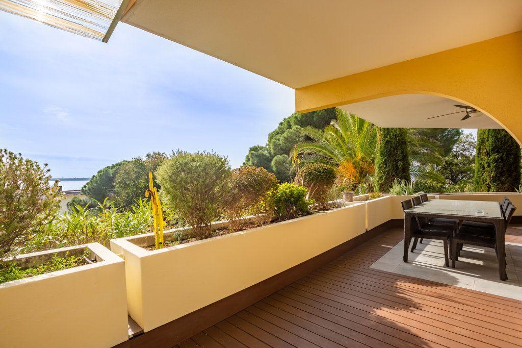 Appartement à vendre 4 108.04m2 à Cannes vignette-2