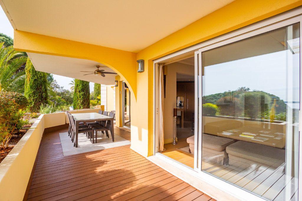 Appartement à vendre 4 108.04m2 à Cannes vignette-3