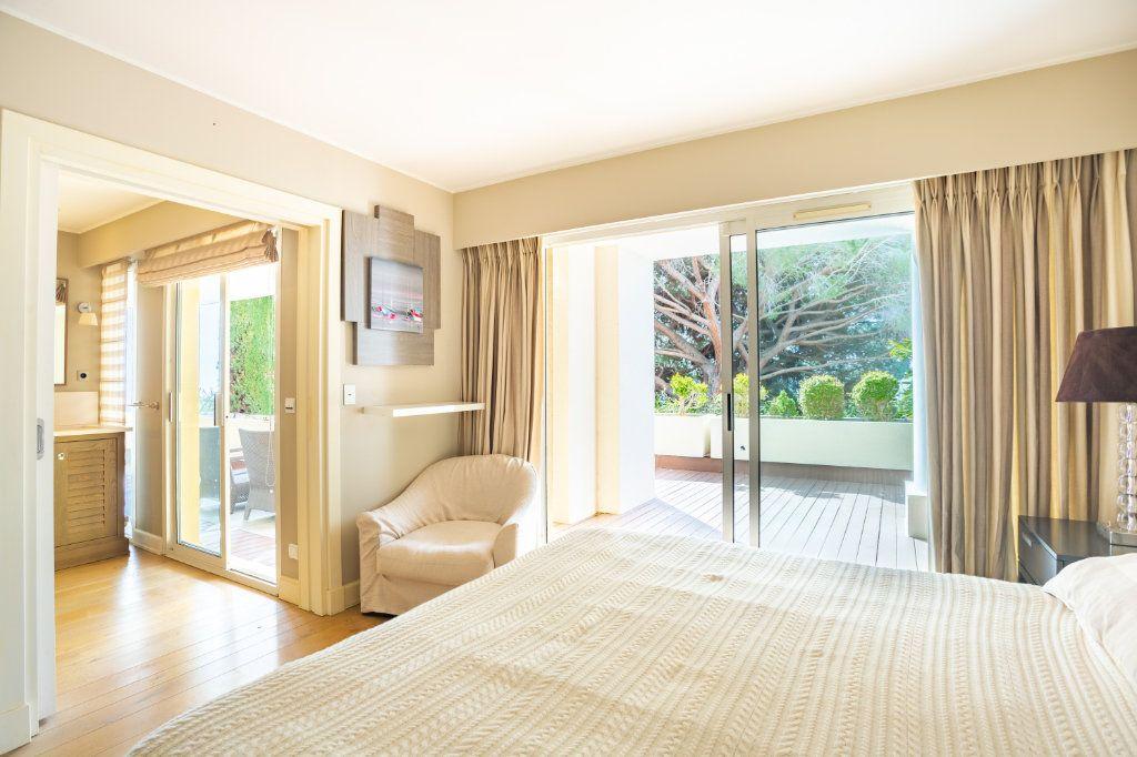 Appartement à vendre 4 108.04m2 à Cannes vignette-4