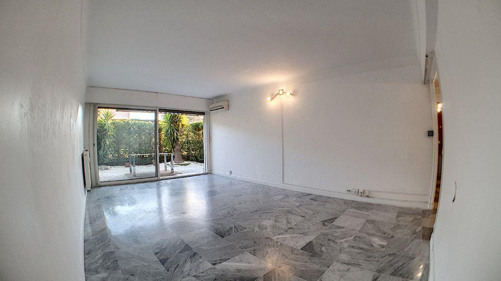 Appartement à vendre 4 97.24m2 à Cannes vignette-2