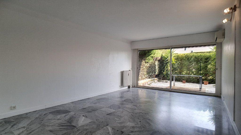 Appartement à vendre 4 97.24m2 à Cannes vignette-6