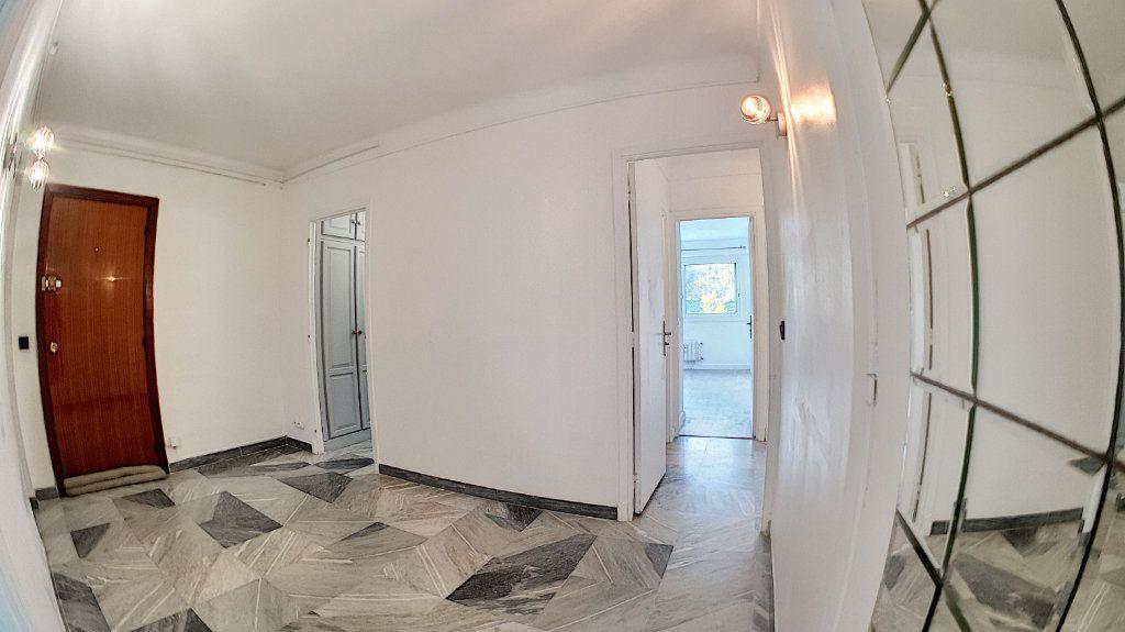 Appartement à vendre 4 97.24m2 à Cannes vignette-7