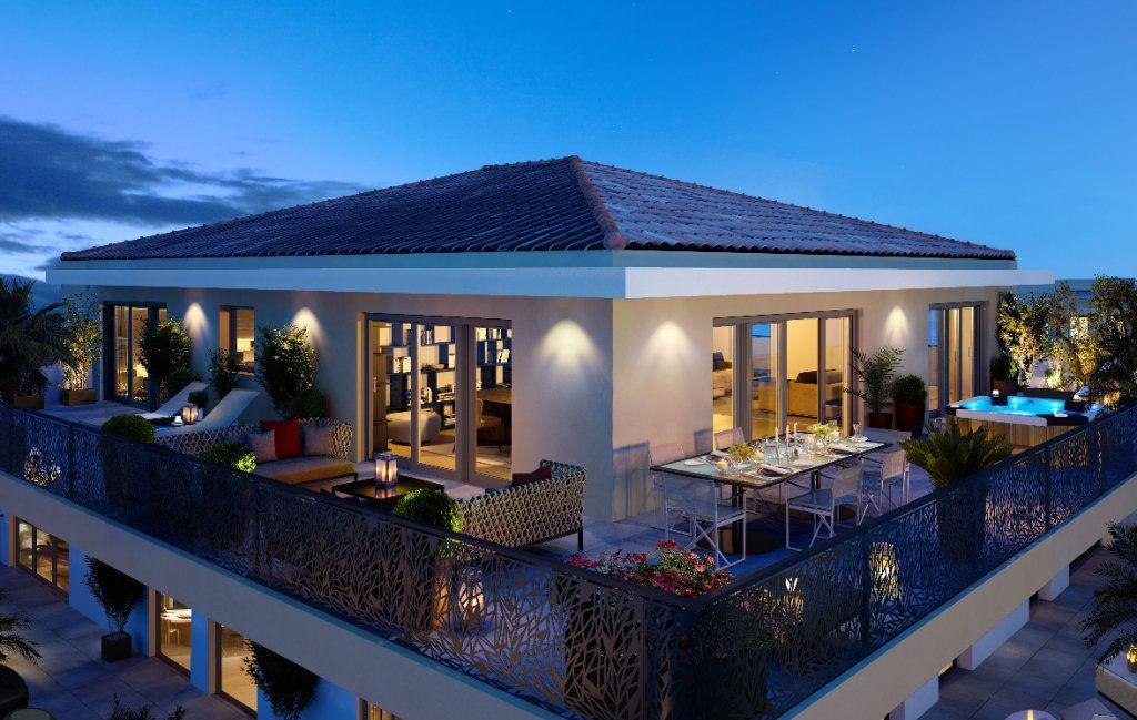 Appartement à vendre 4 154.5m2 à Cannes vignette-1