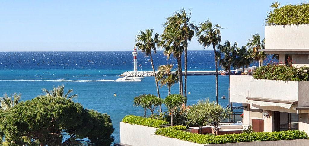 Appartement à vendre 3 91.29m2 à Cannes vignette-2