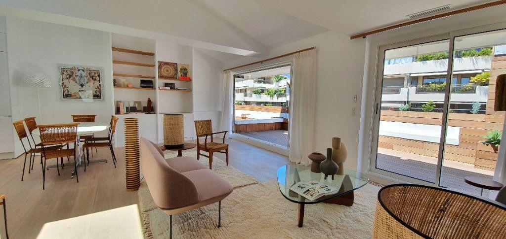 Appartement à vendre 3 91.29m2 à Cannes vignette-4