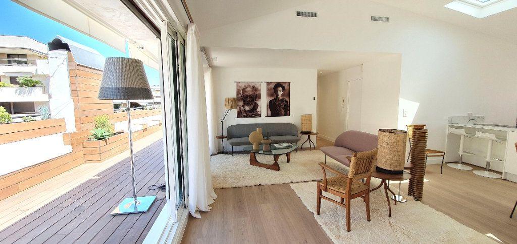 Appartement à vendre 3 91.29m2 à Cannes vignette-5