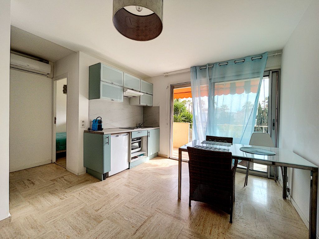 Appartement à vendre 2 30m2 à Cannes vignette-6