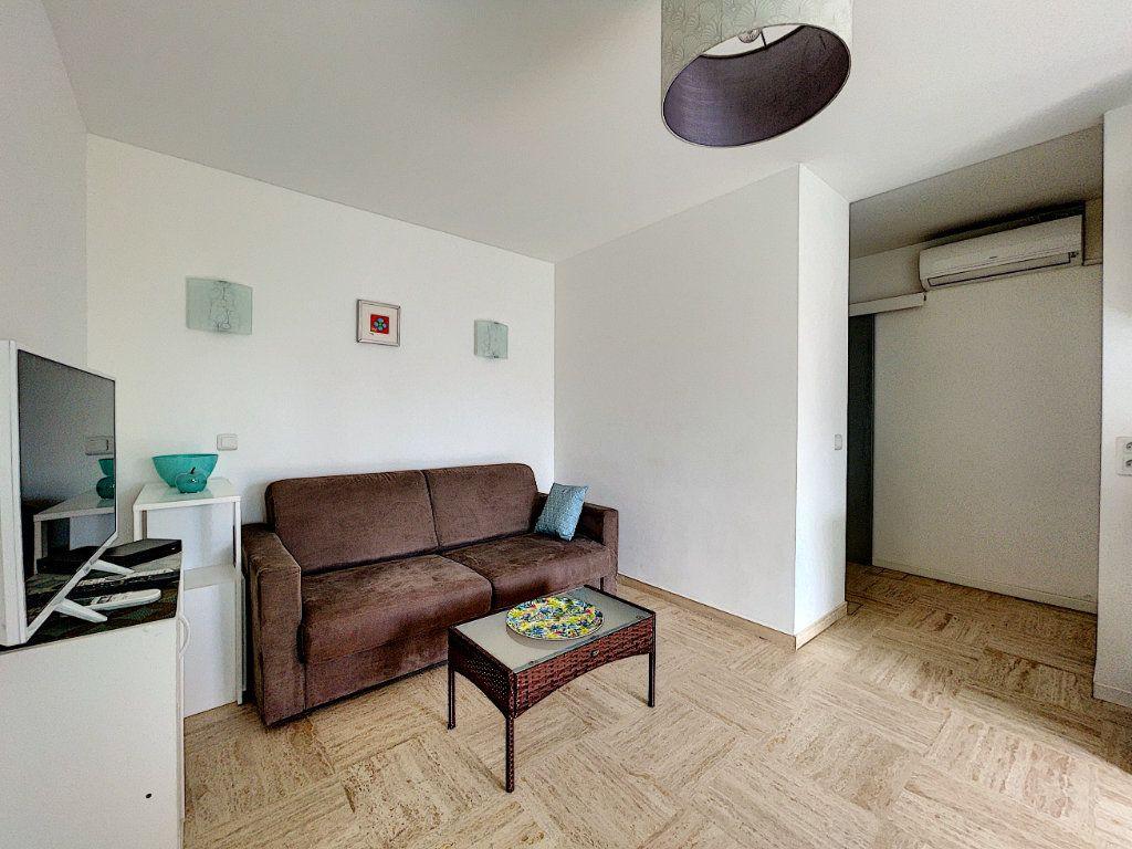 Appartement à vendre 2 30m2 à Cannes vignette-9