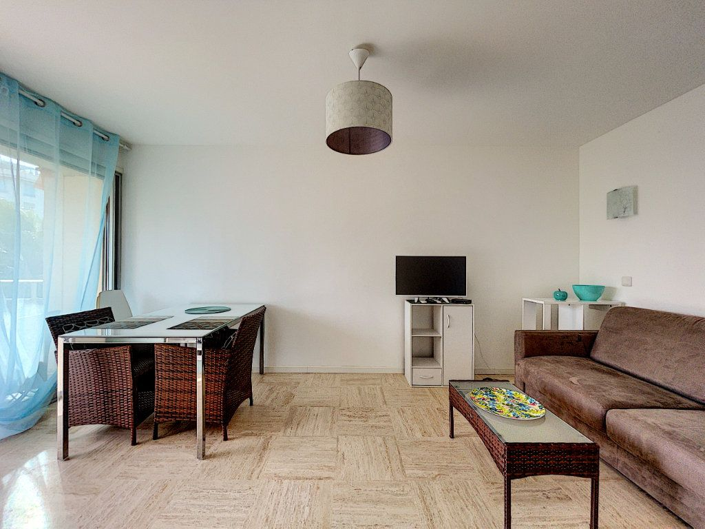 Appartement à vendre 2 30m2 à Cannes vignette-11