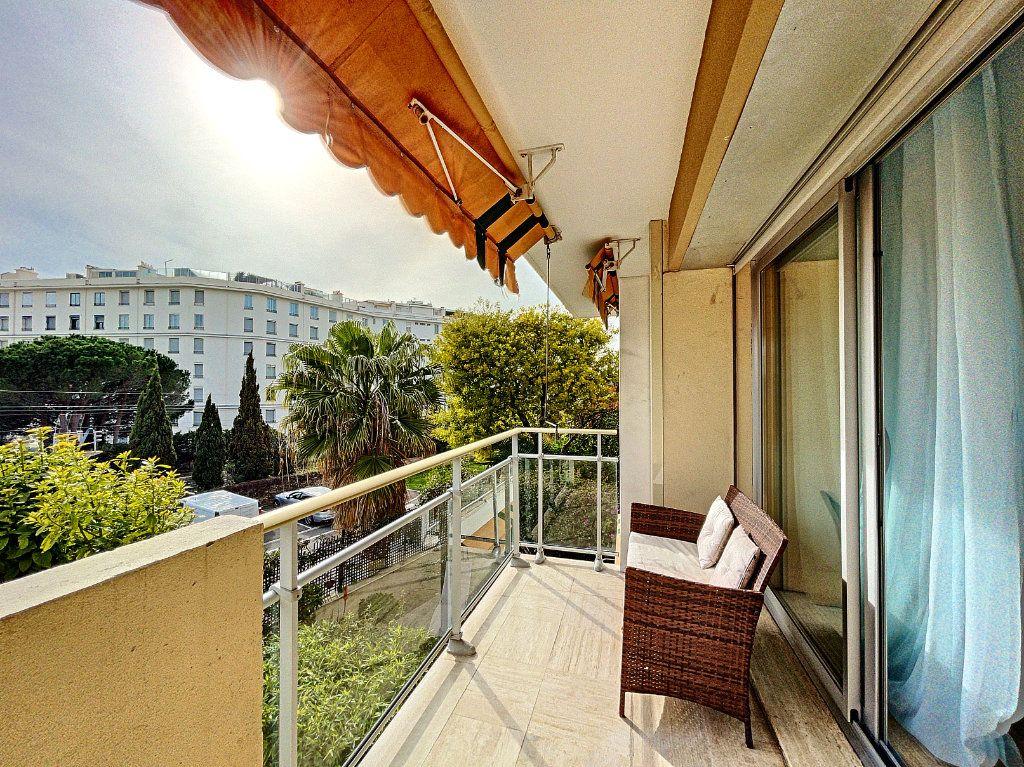 Appartement à vendre 2 30m2 à Cannes vignette-14