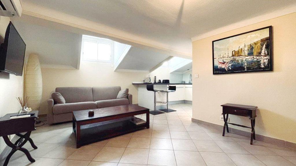 Appartement à vendre 2 33m2 à Cannes vignette-1