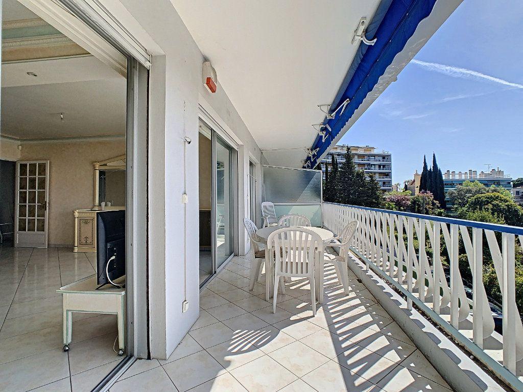 Appartement à vendre 3 92.4m2 à Cannes vignette-10