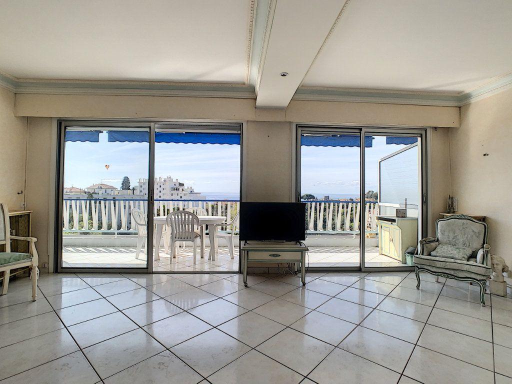 Appartement à vendre 3 92.4m2 à Cannes vignette-13