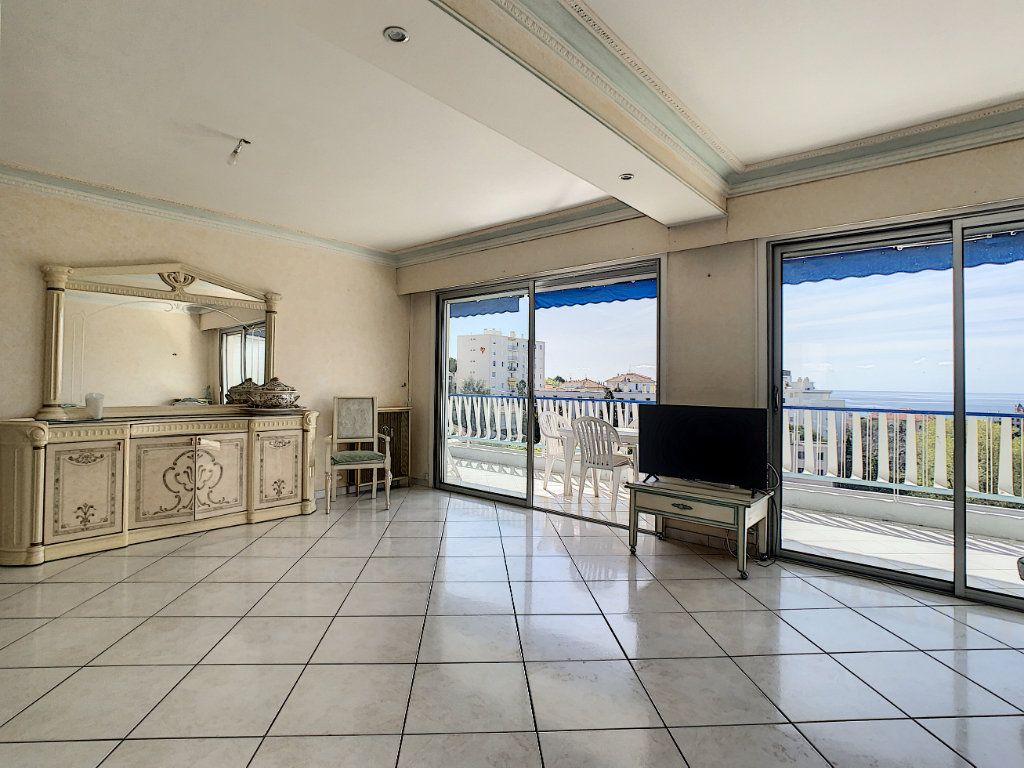 Appartement à vendre 3 92.4m2 à Cannes vignette-16