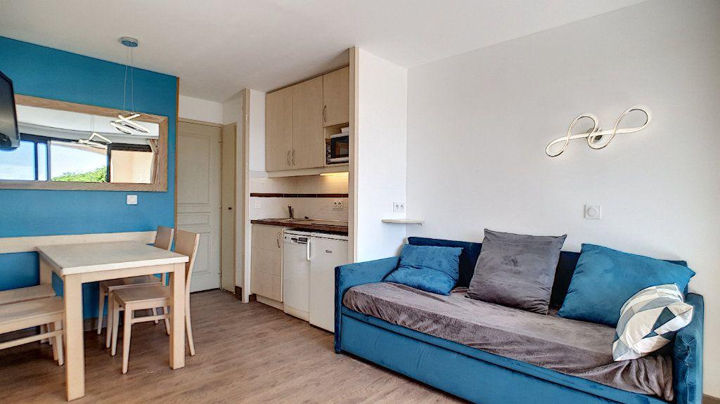 Appartement à vendre 2 27.07m2 à Cannes vignette-1
