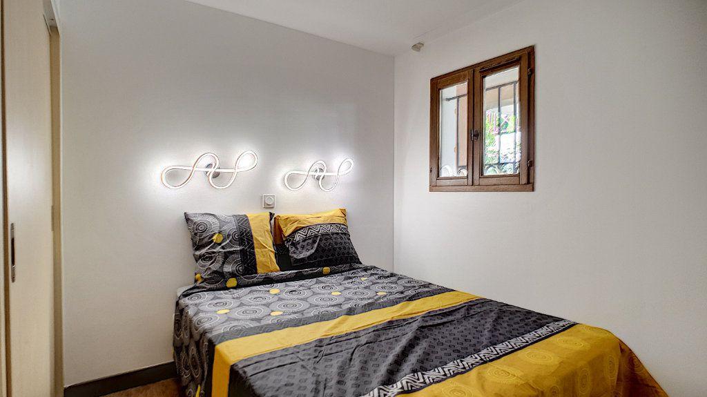Appartement à vendre 2 27.07m2 à Cannes vignette-4
