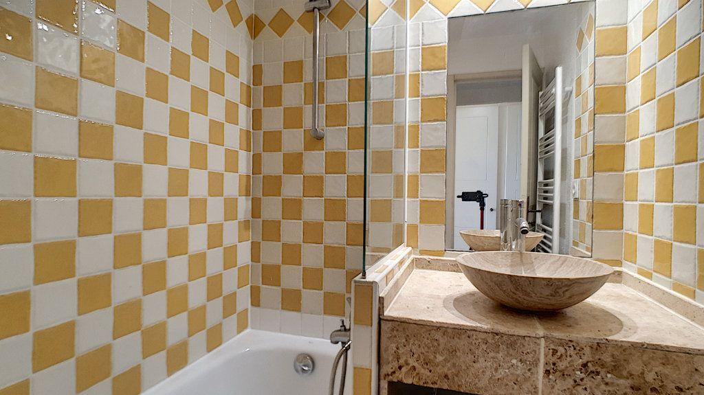 Appartement à vendre 2 27.07m2 à Cannes vignette-9