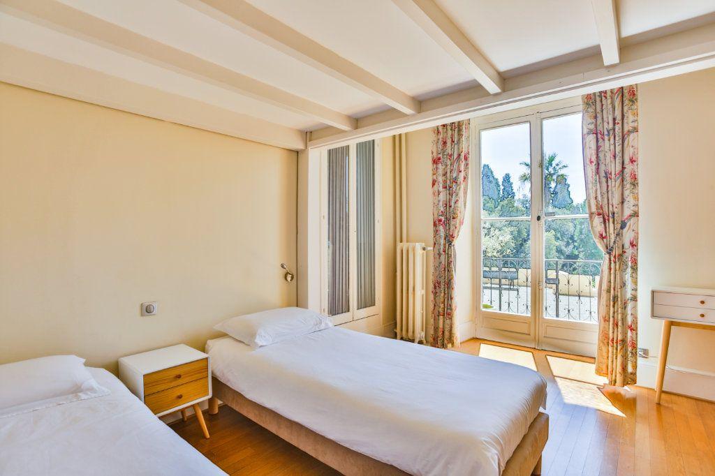 Appartement à vendre 3 121.97m2 à Cannes vignette-5