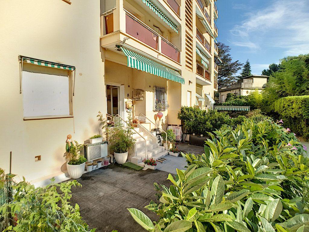 Appartement à vendre 3 59m2 à Cannes vignette-11