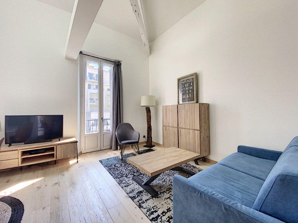 Appartement à vendre 3 61m2 à Cannes vignette-7