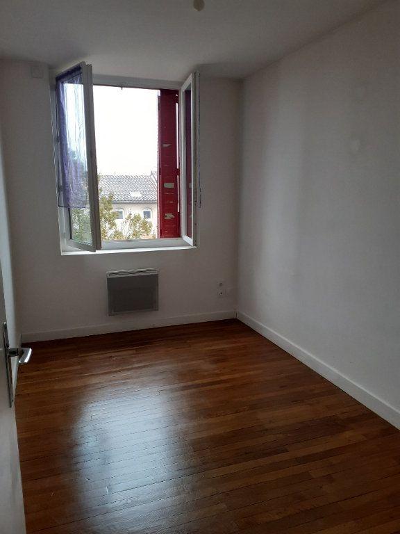 Appartement à louer 3 63m2 à Graulhet vignette-3
