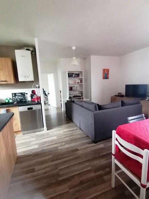 Appartement à louer 4 80m2 à Gaillac vignette-1