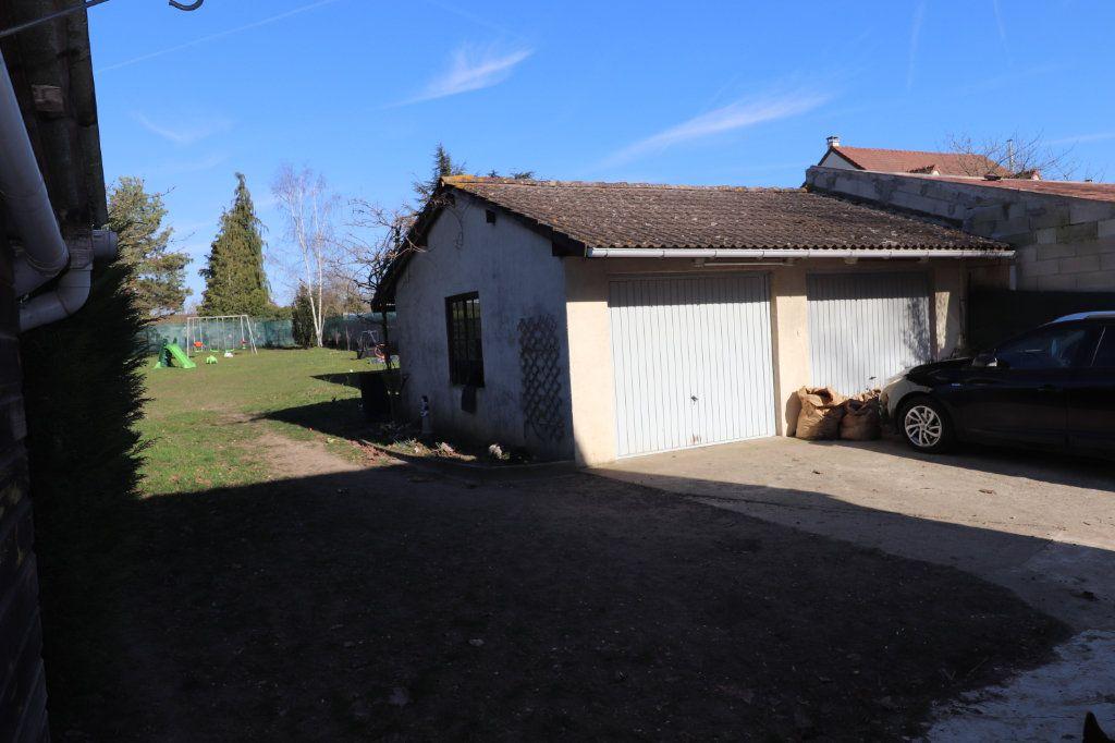 Maison à vendre 5 118.57m2 à Meaux vignette-10