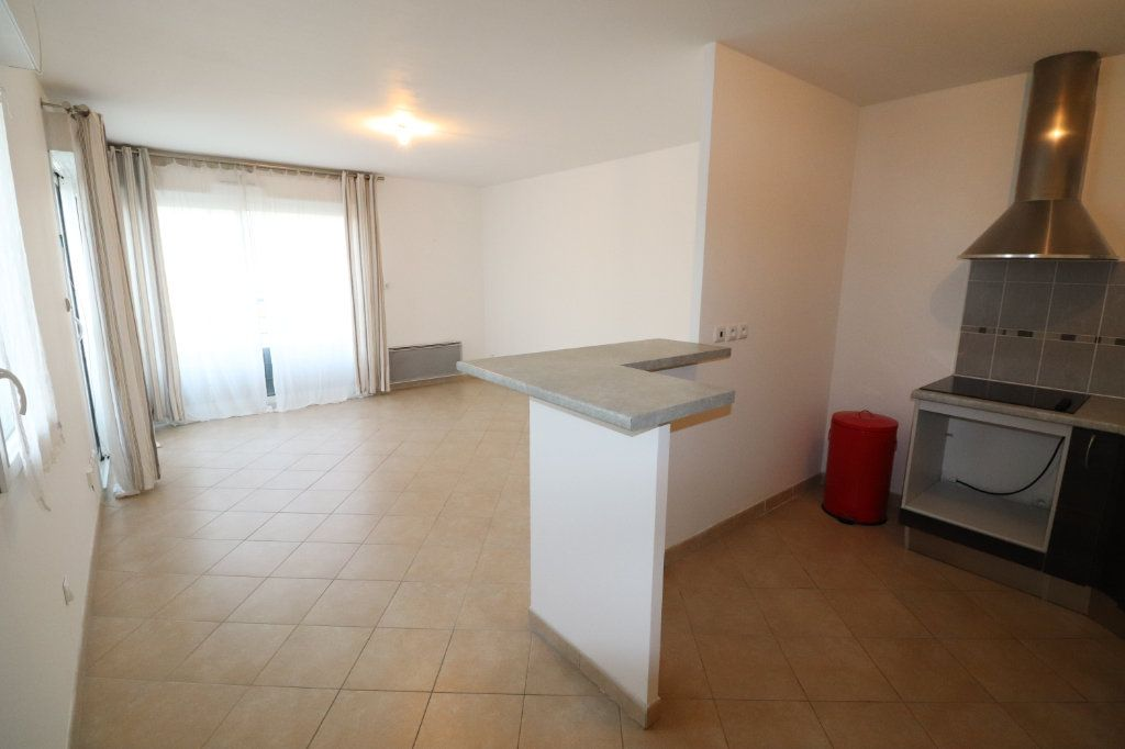 Appartement à vendre 2 60.2m2 à Meaux vignette-1