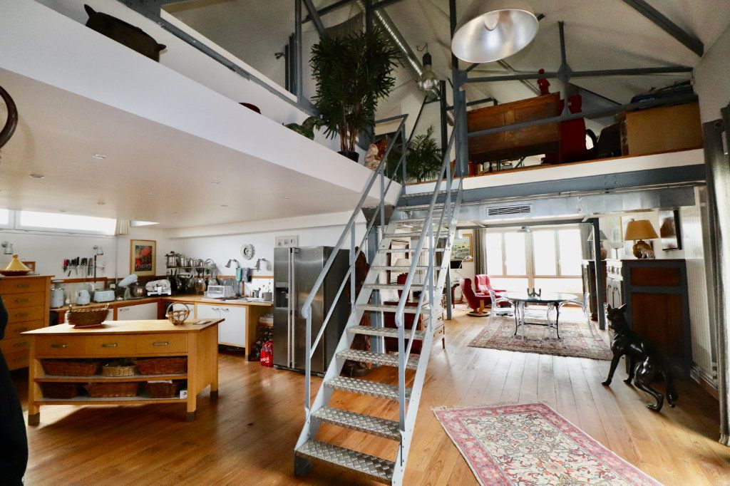 Appartement à vendre 4 180m2 à Meaux vignette-1