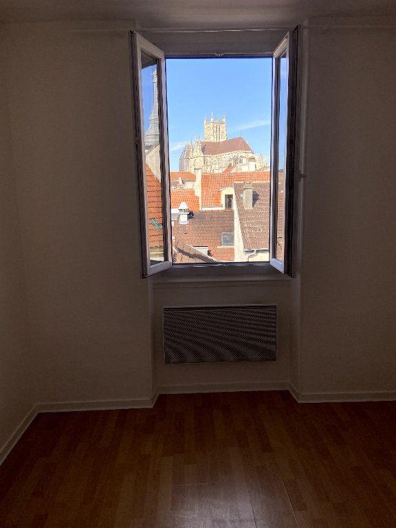 Appartement à louer 2 28m2 à Meaux vignette-3