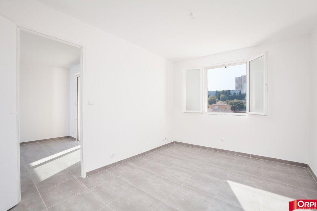 Appartement à vendre 3 70m2 à Marseille 13 vignette-4