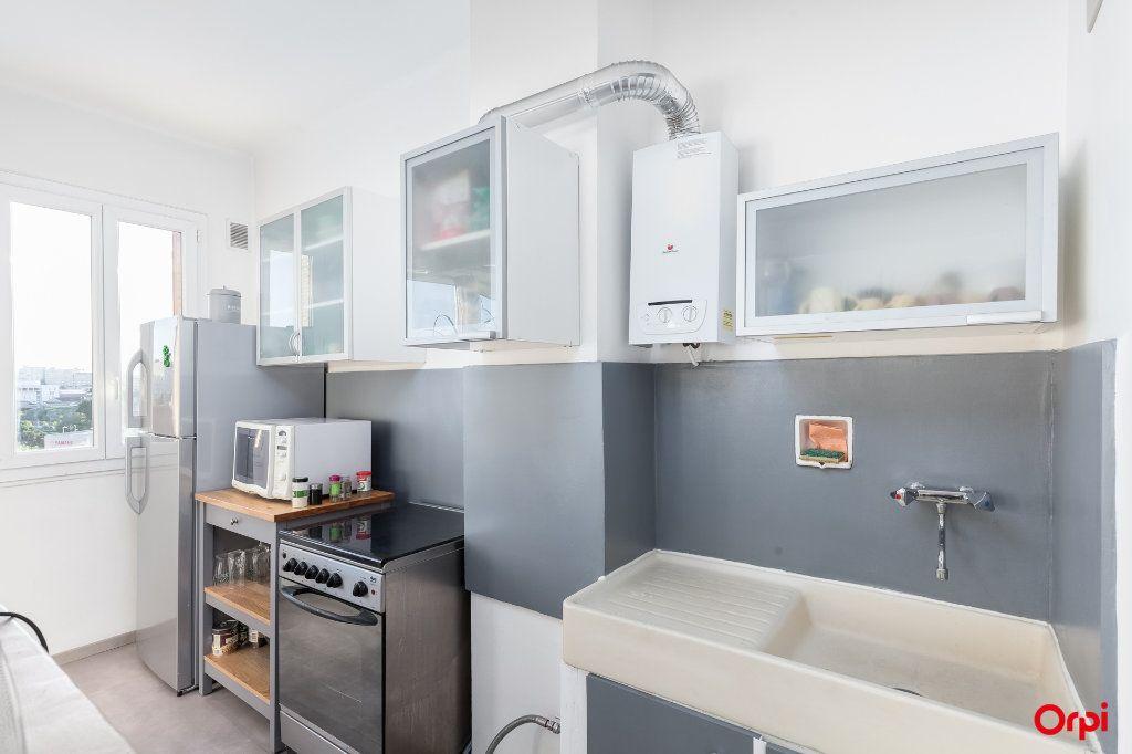 Appartement à vendre 3 52m2 à Marseille 14 vignette-2