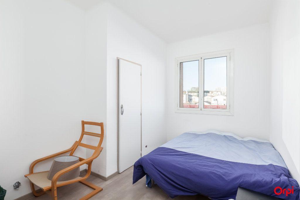 Appartement à vendre 3 52m2 à Marseille 14 vignette-4