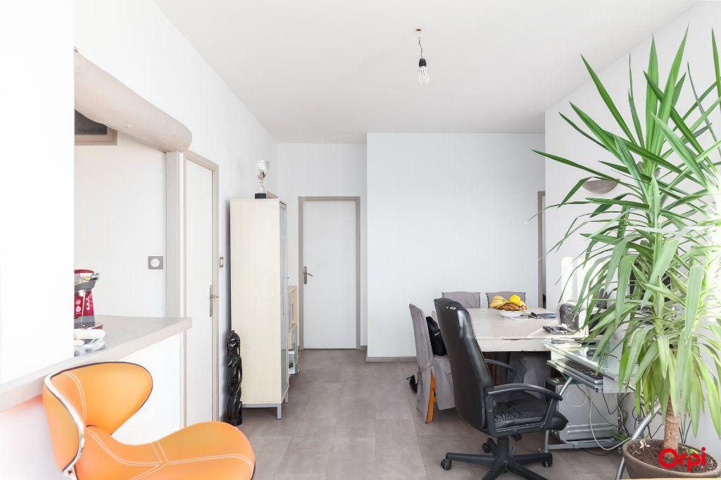Appartement à vendre 3 52m2 à Marseille 14 vignette-7