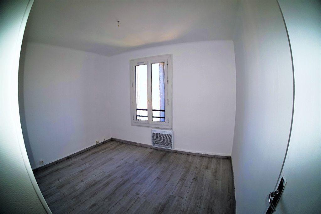 Appartement à louer 3 48m2 à Marseille 4 vignette-6