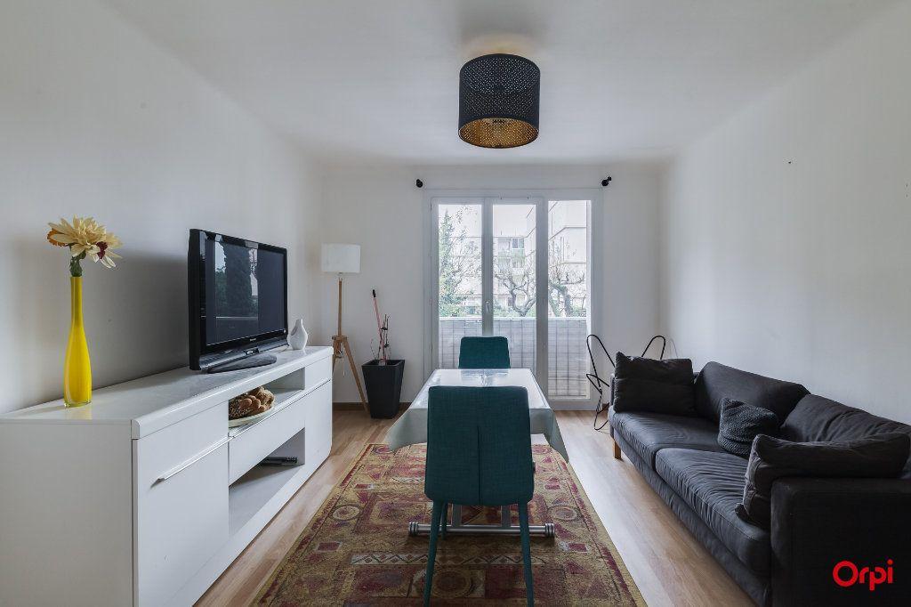 Appartement à vendre 3 63.41m2 à Marseille 4 vignette-1