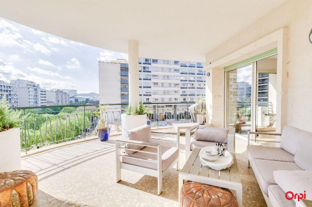 Appartement à vendre 5 164m2 à Marseille 8 vignette-1