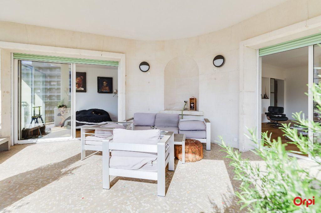 Appartement à vendre 5 164m2 à Marseille 8 vignette-2