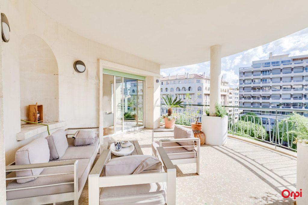 Appartement à vendre 5 164m2 à Marseille 8 vignette-3