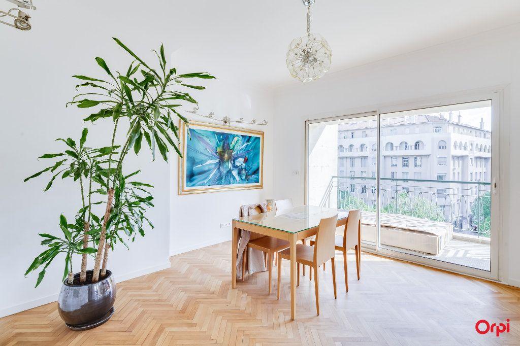 Appartement à vendre 5 164m2 à Marseille 8 vignette-4
