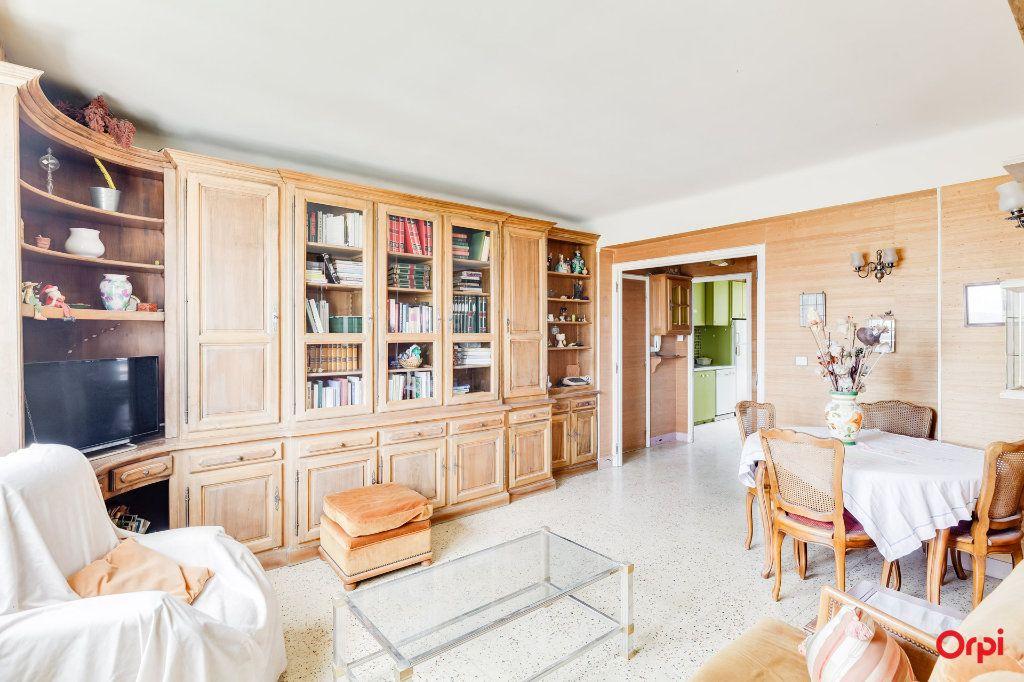 Appartement à vendre 3 63m2 à Marseille 4 vignette-1