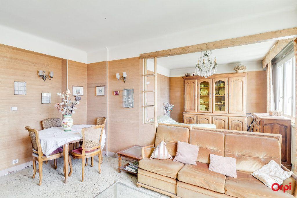Appartement à vendre 3 63m2 à Marseille 4 vignette-2